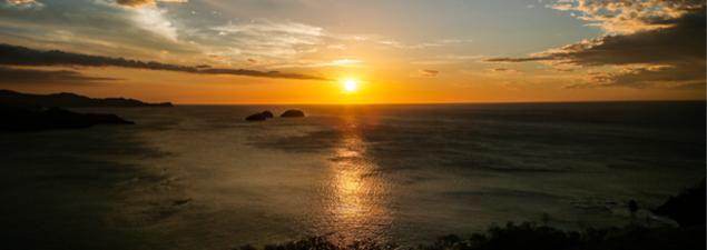 Con la vista en la Bahía