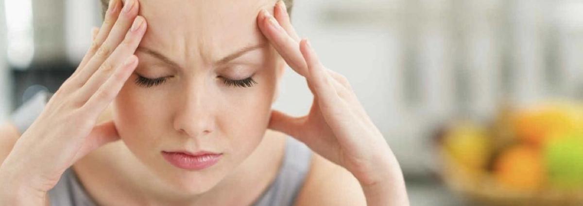¿Por qué la migraña afecta más a las mujeres?