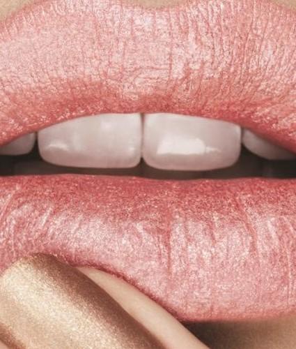 Labios resecos: causas y tratamientos