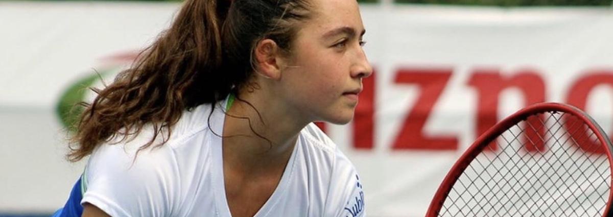 Nicole Alfaro: La primera costarricense de 14 años en clasificar al ranking mundial de tenis