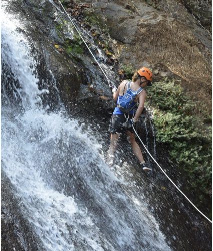 ¡CANYONING en las montañas de Jacó!