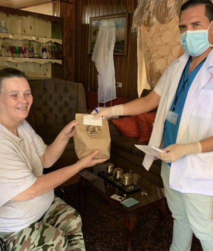 Pacientes crónicos recibirán medicamentos en su hogar